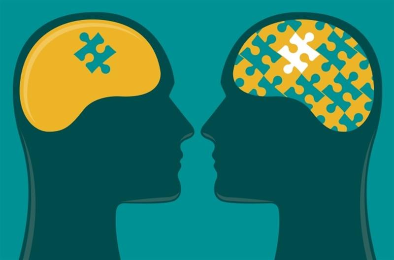 Two heads are better than one, iki kafa bir kafadan iyidir. İngilizce atasözü ve Türkçe karşılığı
