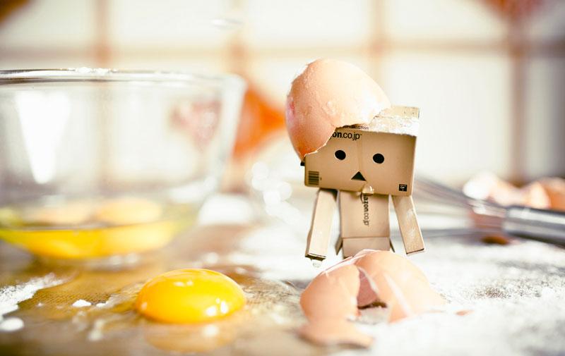 You cant make an omelette without breaking eggs, Yumurtaları kırmadan omlet yapamazsın. İngilizce atasözü ve Türkçe karşılığı