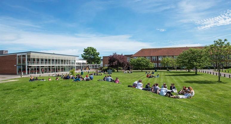 Brockenhurst College - İngiltere'de Lise Eğitimi