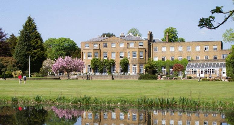 Tasis in England İngiltere'de lise eğitimi