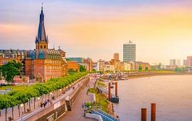 Düsseldorf  dil okullarını görüntülemek için tıklayın.
