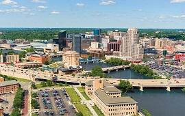 Grand Rapids, MI dil okulları