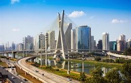 Sao Paulo dil okulları