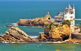 Biarritz dil okulları
