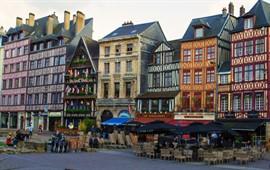 Rouen  dil okullarını görüntülemek için tıklayın.
