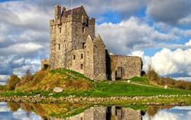 Galway  dil okullarını görüntülemek için tıklayın.