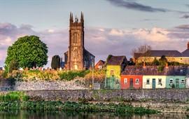 Limerick  dil okullarını görüntülemek için tıklayın.