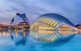Valencia  dil okullarını görüntülemek için tıklayın.