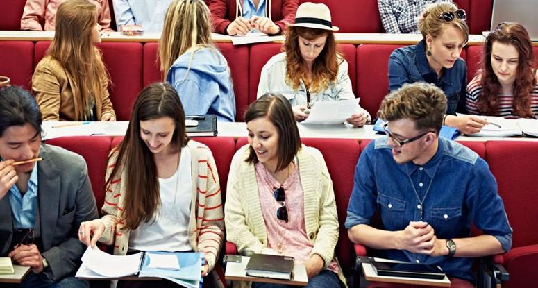 İngiltere'de üniversite eğitimi