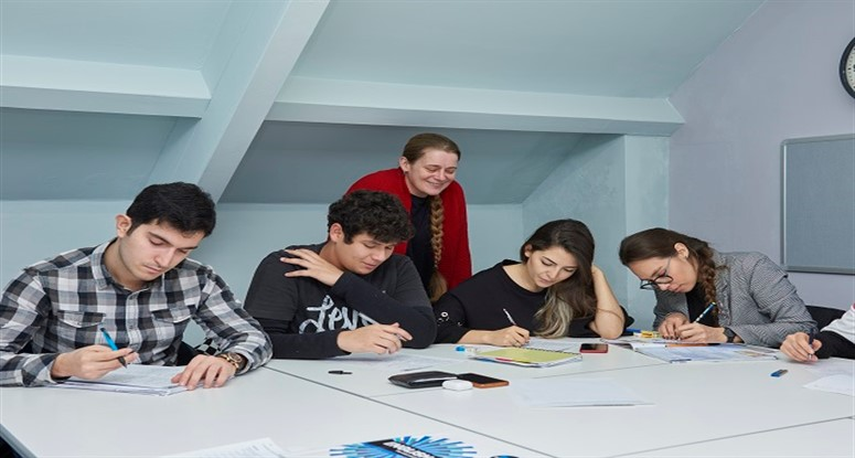St Giles Cambridge dil okulu açıldı