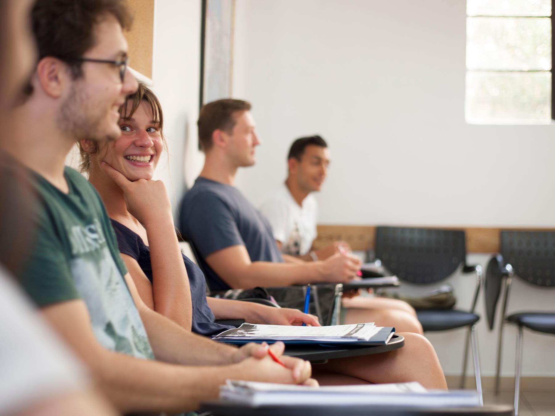 eurocentres-malta-dil-egitimi-okulu-kursu-4.jpg