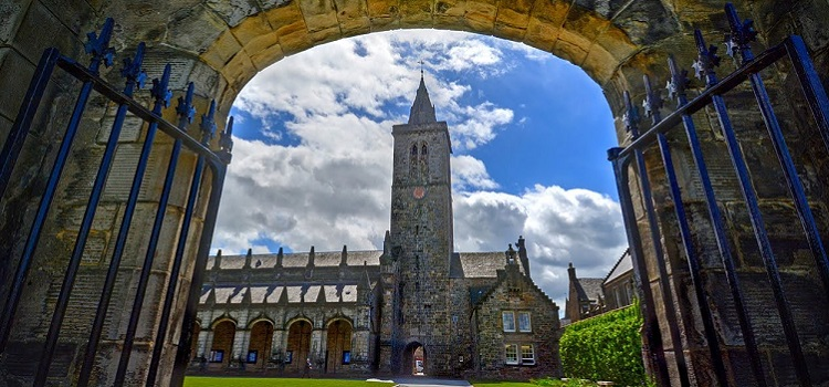 oxford royale academy st andrews university