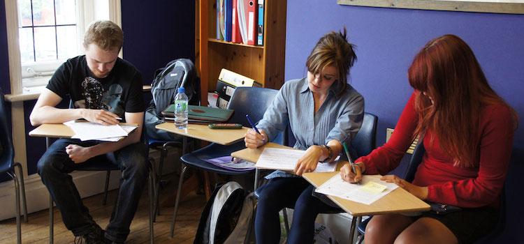 Londra dil okulları