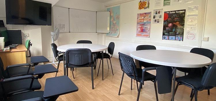 Purley Language College İngiltere dil okulu