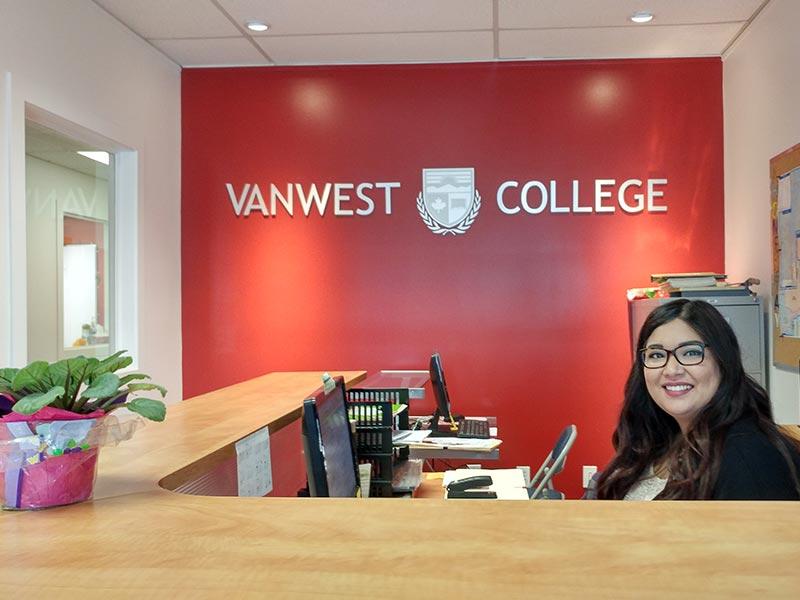 vanwest-college-kelowna-yurtdisi-dil-egitimi-okulu-4.jpg
