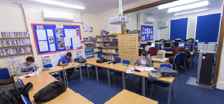 studio cambridge english language school