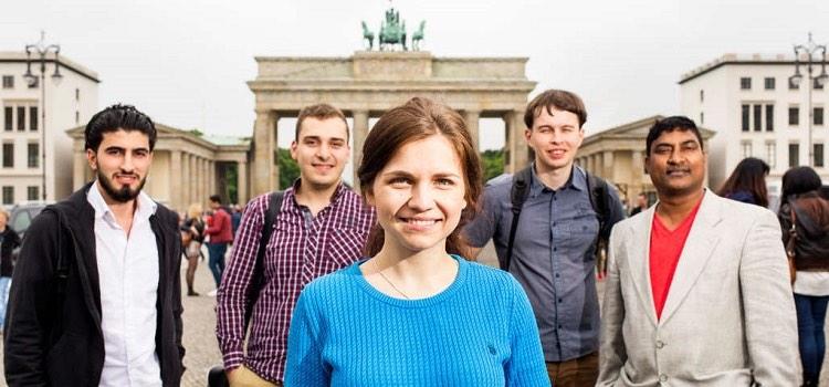 berlin'de dil okulu