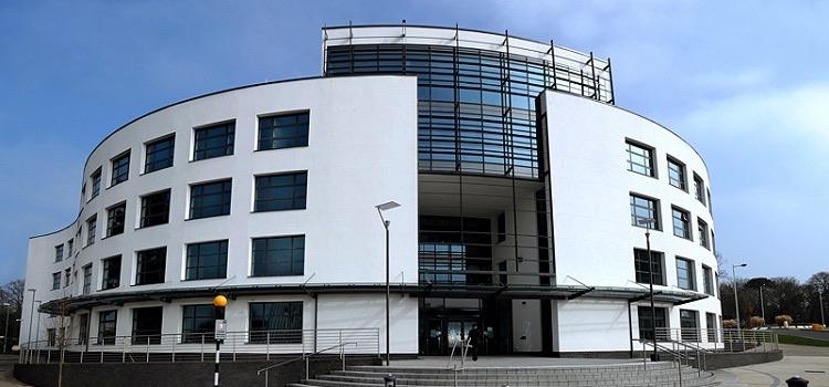 brunel university londra yaz okulu