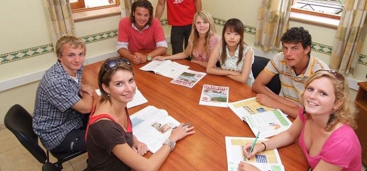 sprachcaffe malta st julians yaz kampı