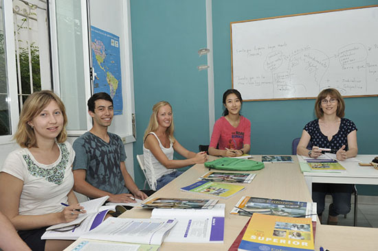enforex-malaga-ispanya-yurtdisi-dil-okulu-4.jpg