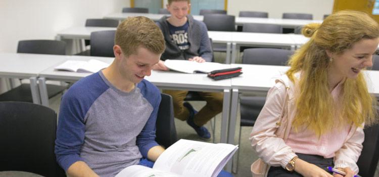 university college cork irlanda yaz okulu öğrencileri