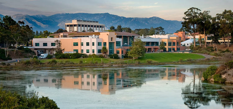University Of California Santa Barbara dil okulu