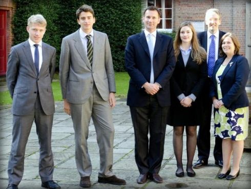 King-Edward's-school-Witley-lise-ingiltere-2.jpg
