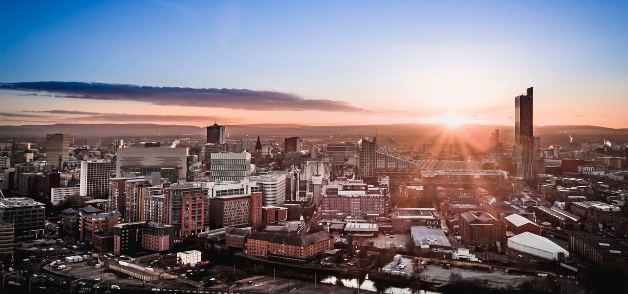 Manchester-ingiltere-universite-egitimi-8.jpg