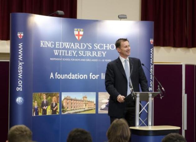 ingiltere-lise-egitimi-okulu-King-Edward's-School-Witley-4.jpg
