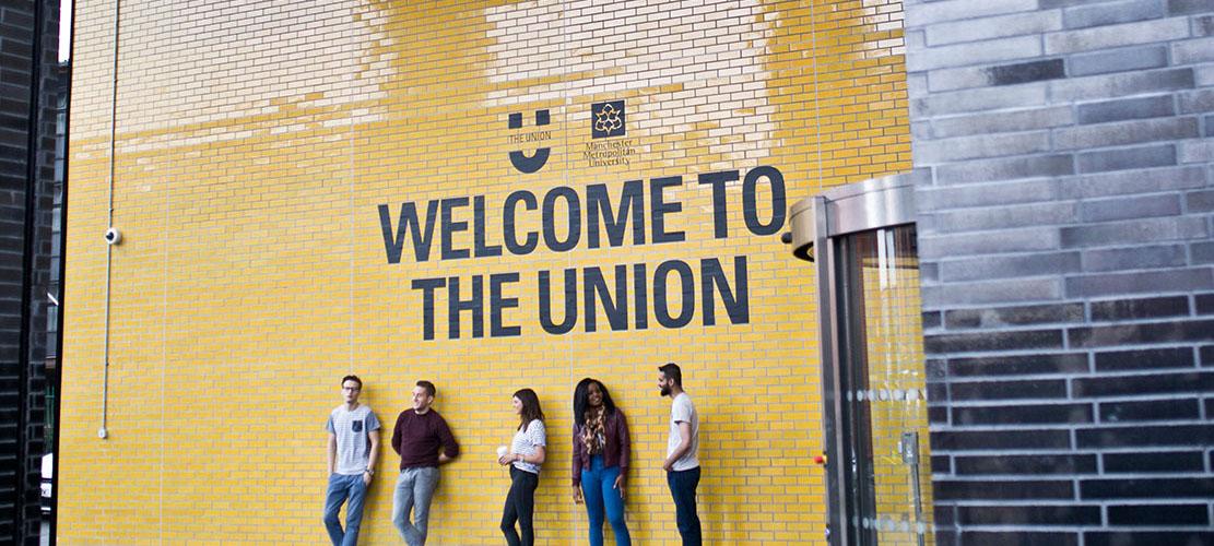 Manchester-ingiltere-lisans-egtiimi-okullari-universite-5.jpg