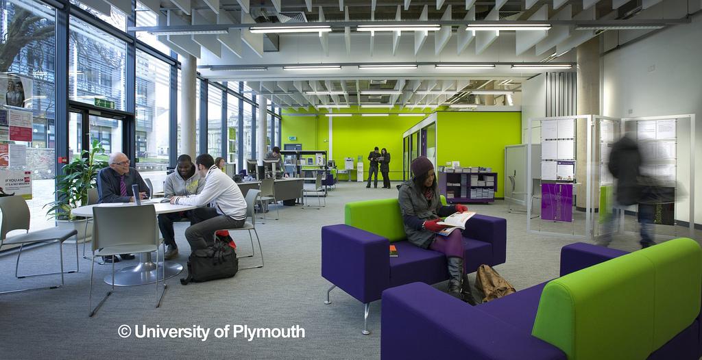 university-of-plymouth-ingiltere-egitim-lisans-4.jpg