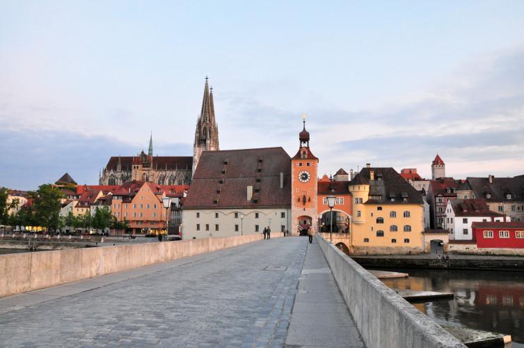 Regensburg-almanca-yurtdisi-dil-egitimi-kurslar-okullar-4.jpg