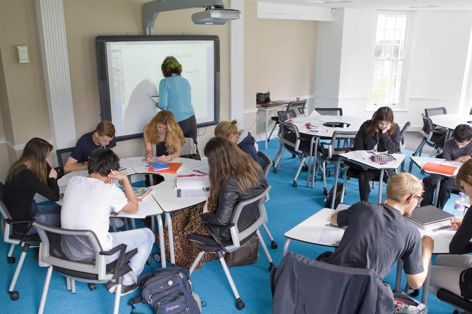 Bell-Cambridge-ingiltere-dil-kursu-okulu-5.jpg