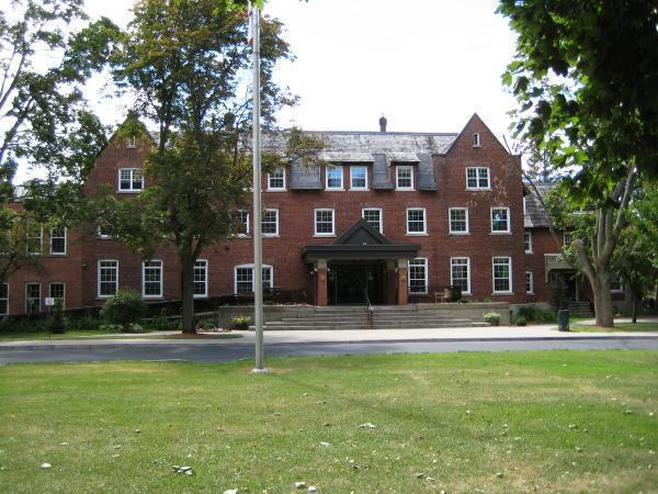 Ashbury-College-kanada-lise-egitimi-okulu-7 2.jpg
