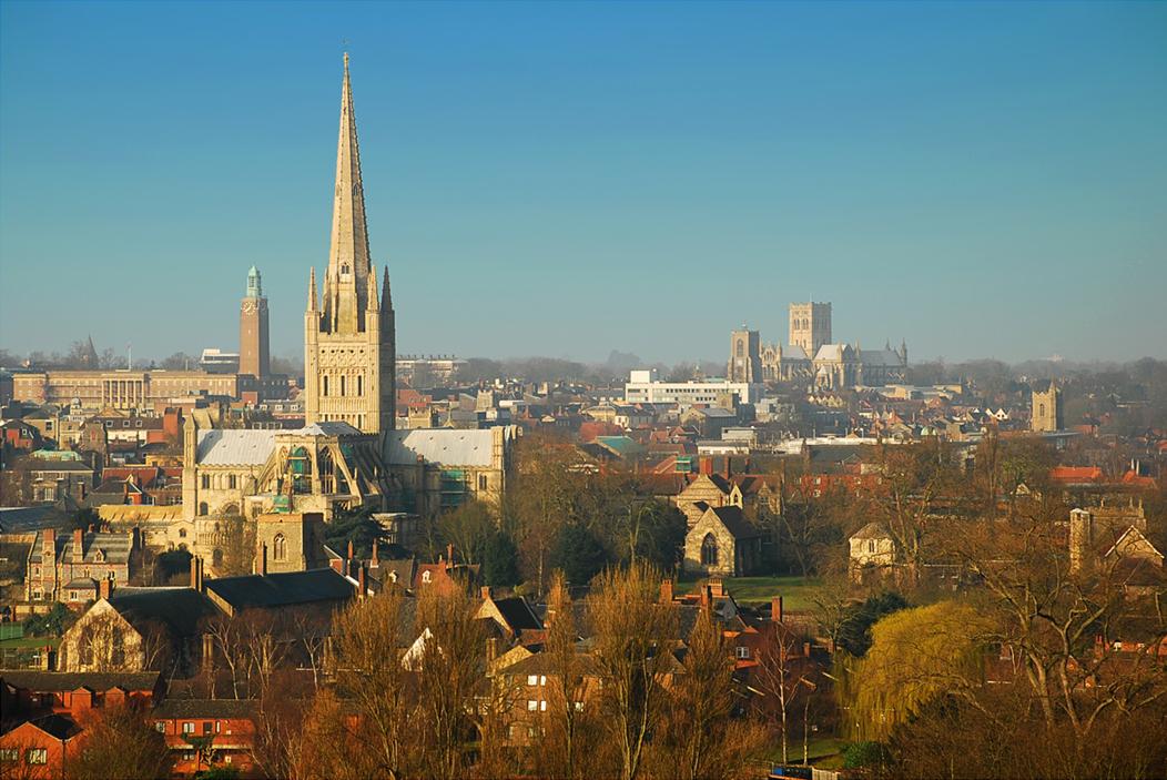 Norwich-ingiltere-yurtdisi-universite-egitimi-University-of-East-Anglia-7.jpg