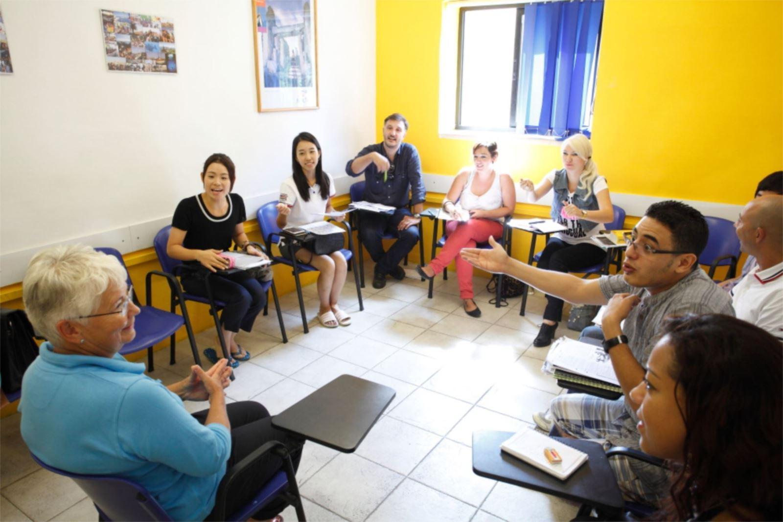 chamber-college-yurtdisinda-dil-okulu-malta-griza-3.jpg