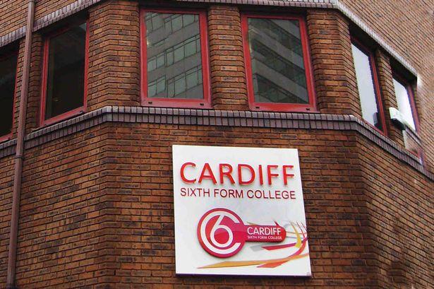Cardiff-6th-Form-College-ingiltere-lise-egitimi-2.jpg
