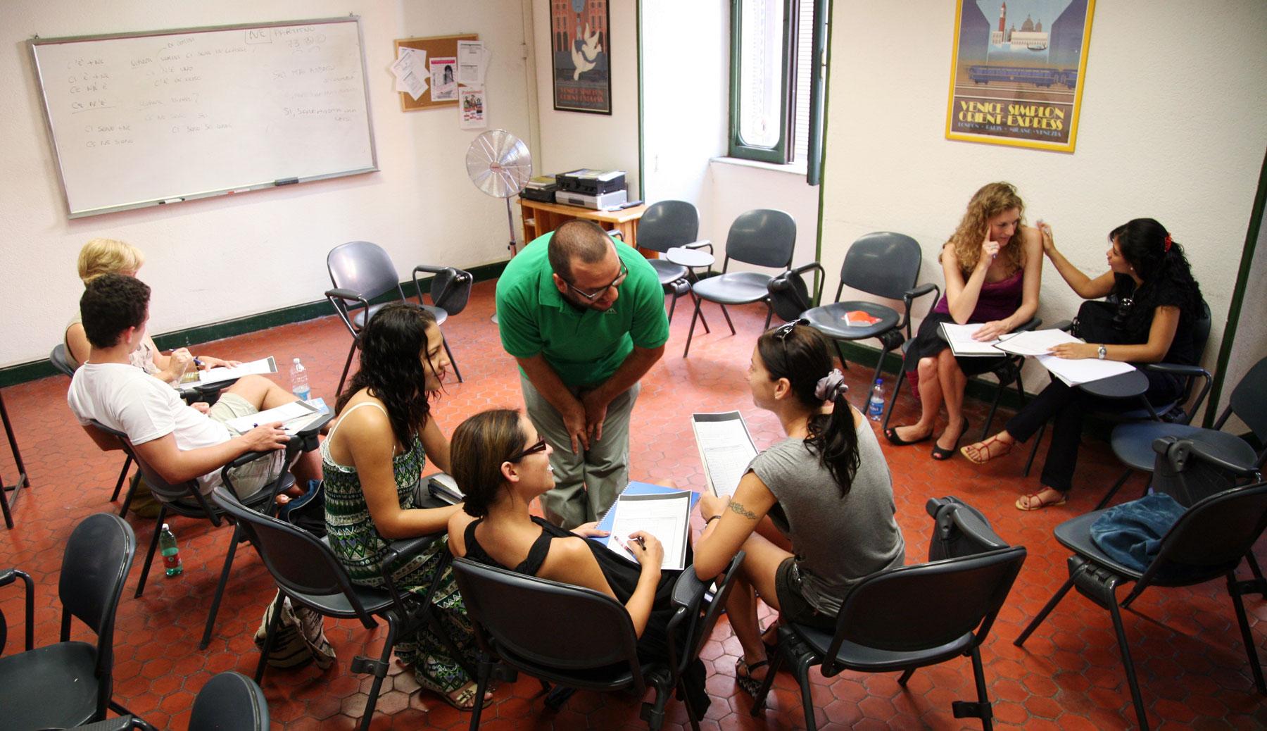 scuola-leonardo-da-vinci-roma-italya-okullari-kursu-2.jpg